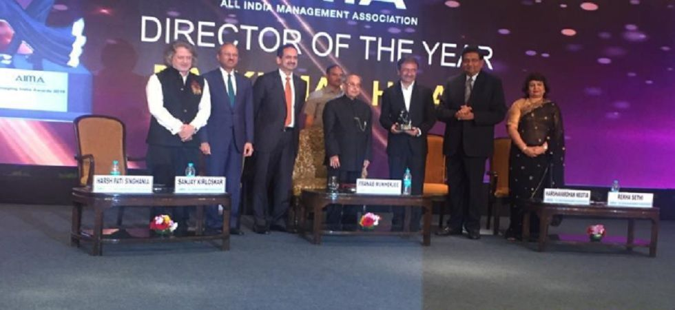 Former President Pranab Mukherjee honours Rajkumar Hirani with 'Director of the Year' award