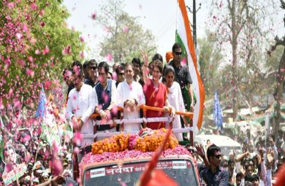 Flanked by mother Sonia and sister Priyanka, Rahul files nomination from Congress bastion Amethi