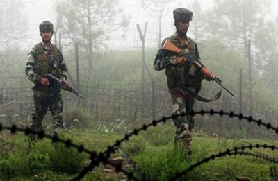 Security forces' guard along Pakistan border cannot be lowered: Top Army commanders