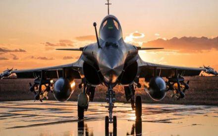 Fake news, says French envoy on Pakistani exchange pilots