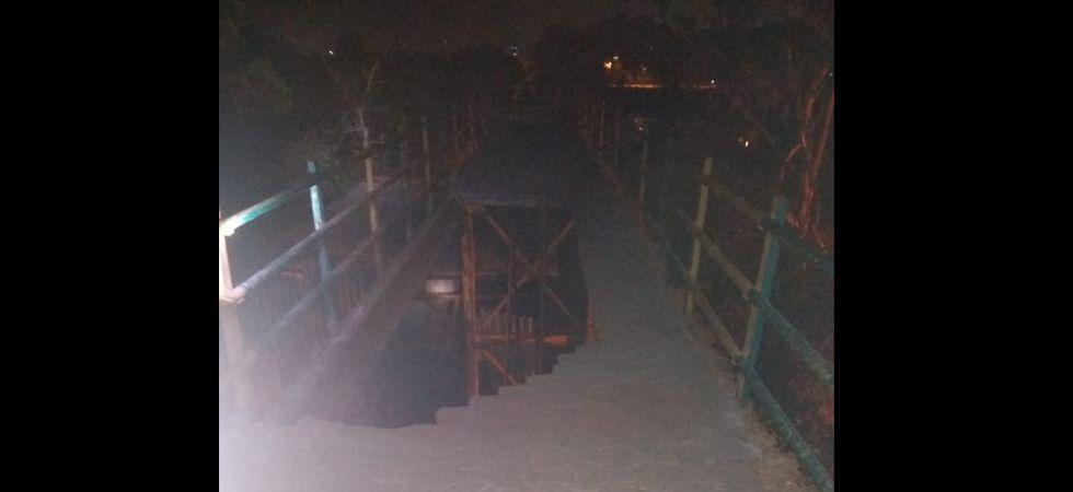 Foot over bridge collapses in Navi Mumbai, two injured