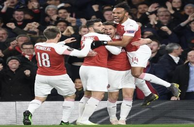 Arsenal overcome Napoli in Europa League quarterfinal
