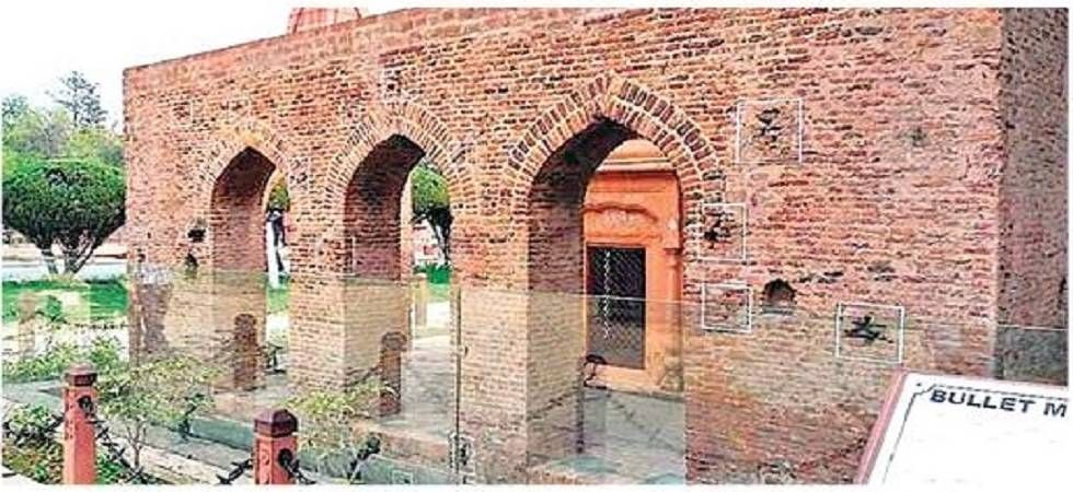 On the afternoon of April 13, a crowd of at least 10,000 men, women, and children gathered in the Jallianwala Bagh