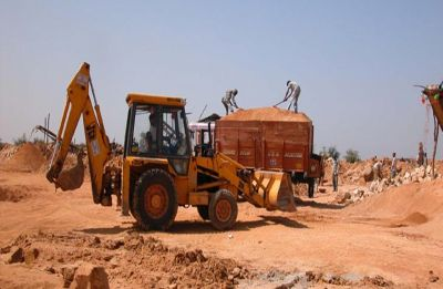 Chhattisgarh: Mining mafia try to run over trainee IAS officer with JCB