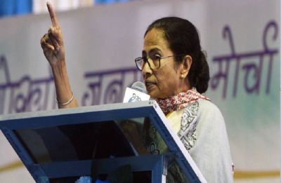 Don't waste votes on CPM or Congress, both parties are hand-in-glove: Mamata Banerjee in Siliguri