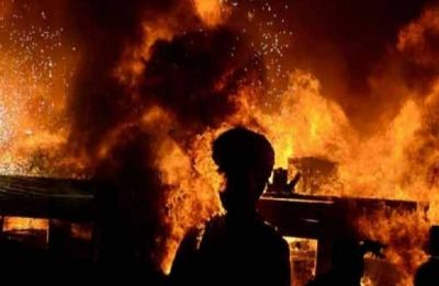 Massive fire breaks out at Maruti service station in Mumbai's Andheri