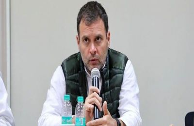 Supreme Court notice to Rahul Gandhi for his 'chowkidar chor' remarks on Modi over Rafale deal