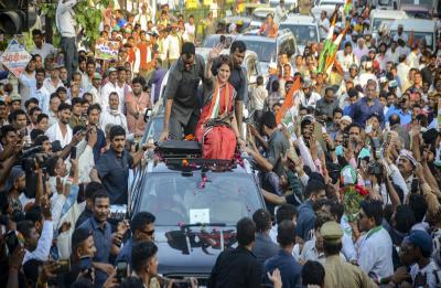 Priyanka Gandhi Vadra ready to take on PM Narendra Modi from Varanasi if...
