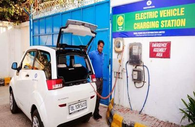 Switching to electric vehicles may improve air quality: Study