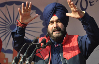 Navjot Singh Sidhu barred from holding election campaign for 72 hours over communal remarks