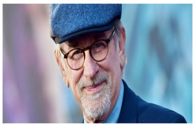 ''I want to see the survival of movie theatres'', Steven Spielberg on battle with Netflix