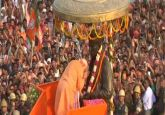 Modi in Varanasi Live | PM begins mega roadshow, to perform Ganga Aarti shortly