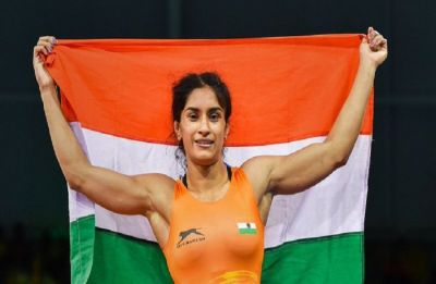 Vinesh Phogat settles for bronze in 53kg category in Asian Wrestling Championship
