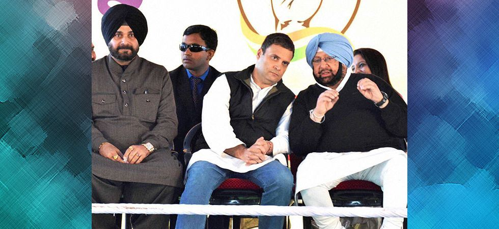 In the list 40 star campaigners, the Congress has decided to repose its faith on the Gandhis to take on BJP's star power in Sunny Deol. (File photo)