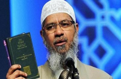 Days after blasts, Sri Lanka cable operators block Islamic preacher Zakir Naik's Peace TV: Sources