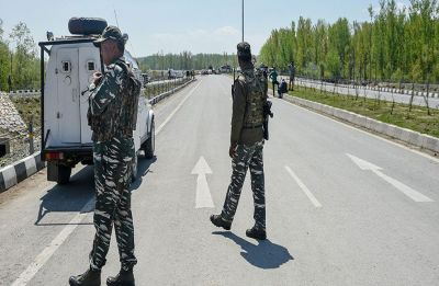 JK administration withdraws restriction on civilian traffic movement on Srinagar-Baramulla