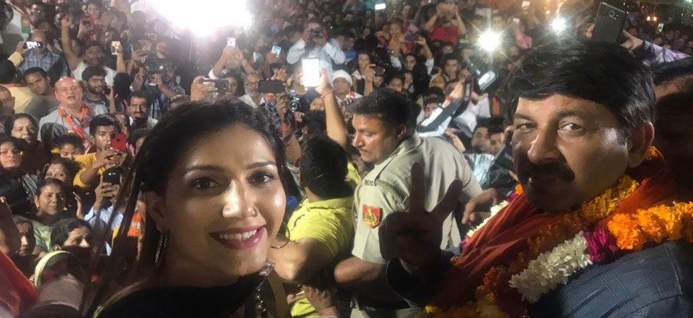 Dancer Sapna Chaudhary is campaigning for Manoj Tiwari in Delhi.