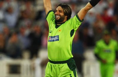 WATCH: Broadcasters had displayed Shahid Afridi's age as 21, not 16 during his debut ODI innings