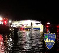 SEE PIC | Boeing 737 goes into Florida river in US with 136 on board