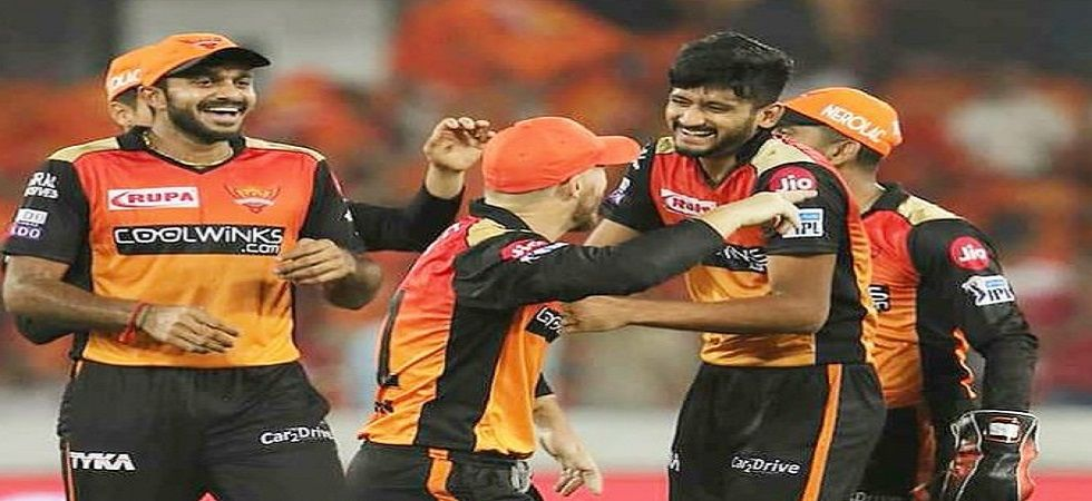 Sunrisers Hyderabad quaified for the playoffs in IPL 2019 after Mumbai Indians defeated Kolkata Knight Riders in the last league game. (Image credit: Twitter)