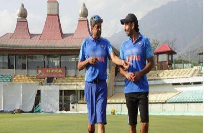 Ranveer Singh to live with Kapil Dev in Delhi before filming '83'