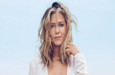 Jennifer Aniston is ready to welcome love; is Brad Pitt listening?
