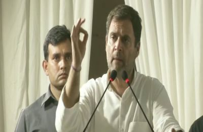Not AAP, but only Congress can defeat Narendra Modi: Rahul Gandhi