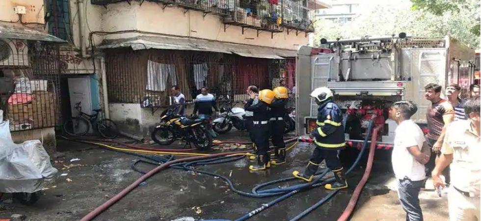 Fire at Mumbai's Dadar police station compound (Photo Source: ANI)