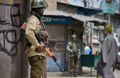 Jaish terrorist Hilal Naikoo arrested from Jammu and Kashmir's Anantnag, investigation on