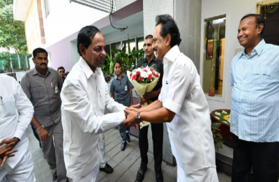 As KCR's Federal Front gathers steam, Telangana CM meets DMK chief MK Stalin in Chennai