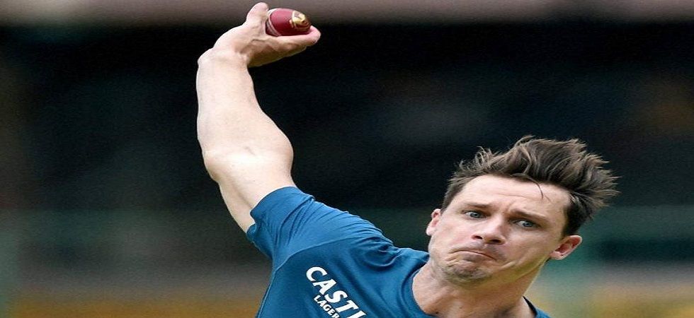 Dale Steyn suffered a shoulder injury while playing for RCB in IPL (Image Credit: Twitter)