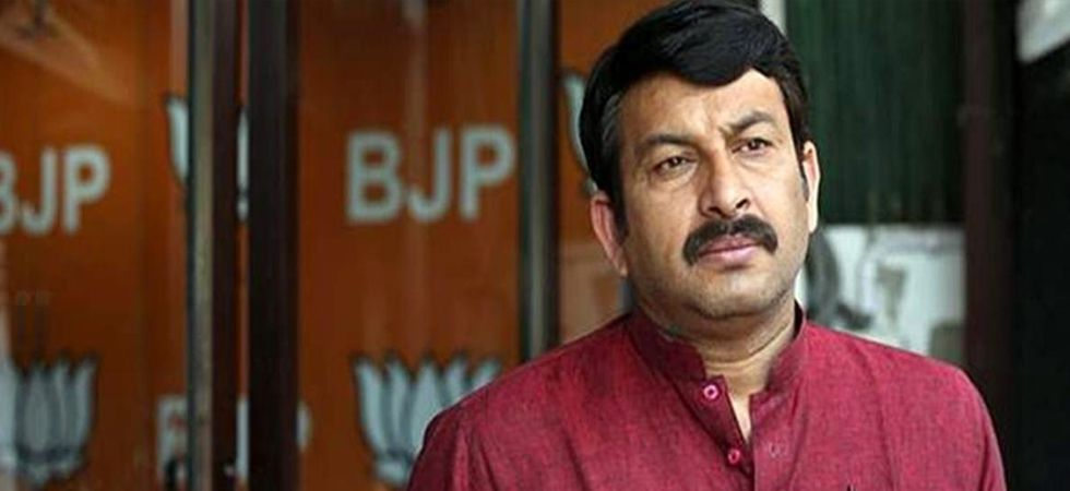 Manoj Tiwari met the BJP workers and leaders of North East Delhi constituency at district party office to appreciate their contribution in his campaign in the Lok Sabha elections. (File photo)