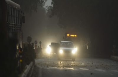 Massive dust storm, thundershowers hit Delhi, NCR; traffic snarls, power outage reported in several areas