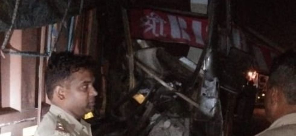 1 killed, 24 injured after bus rams into parked truck on Lucknow-Agra Expressway