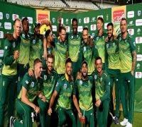 Bowlers fuel 'choker' South Africa's World Cup ambitions
