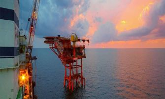 Pakistan stops much-celebrated offshore drilling as no oil and gas reserves found