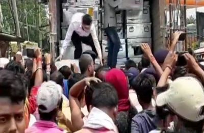 'Not those used during Lok Sabha polls': EC on videos showing 'tampering' of EVMs