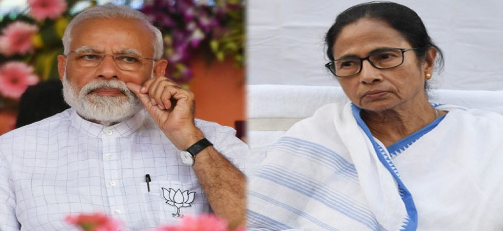 Prime Minister Narendra Modi and West Bengal Chief Minister Mamata Banerjee (File Photo)