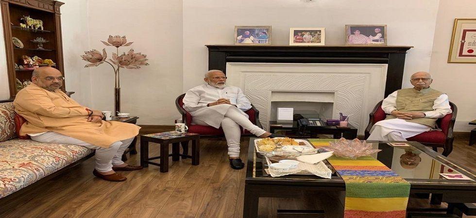 Lok Sabha Elections Results 2019: PM Modi, Amit Shah meet LK Advani, Murli Manohar Joshi