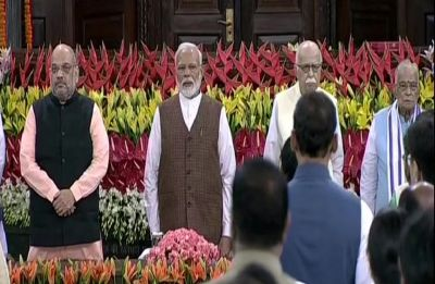 Narendra Modi unanimously elected leader of NDA at parliamentary board meet