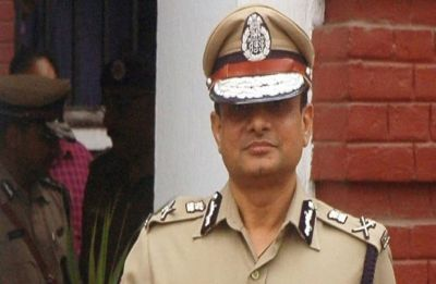 CBI issues look-out notice against former Kolkata Police Commissioner Rajeev Kumar