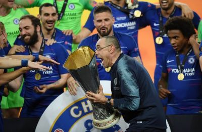 Sarri gets a winners' medal, but may still leave Chelsea
