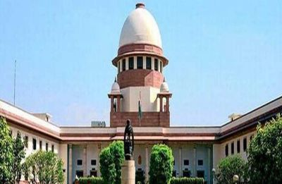 Supreme Court stays 10% EWS quota for upper cast students in PG medical courses in Maharashtra