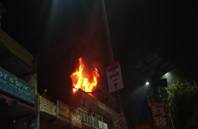 Fire breaks out at commercial building in Noida Sector-51, 15 fire tenders at spot