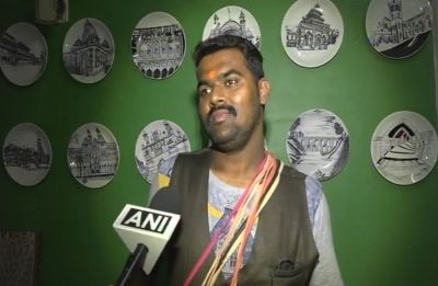 Watch Video: Train hawker seen mimicking politicians like PM Modi, Rahul Gandhi; arrested