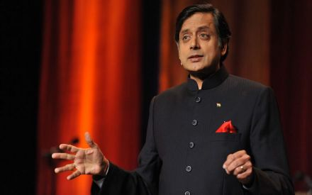 Why does not North India learn Malayalam or Tamil?: Shashi