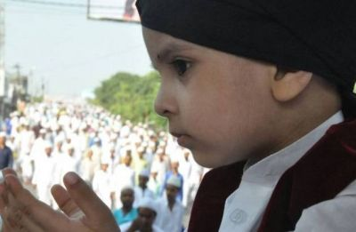 Eid Mubarak 2019: WhatsApp Messages, wishes to send to your near and dear ones!