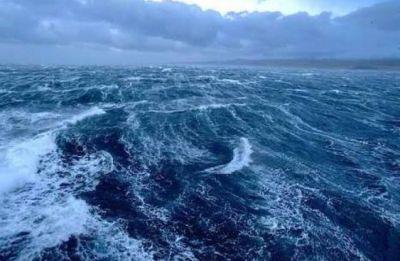 Fishermen help overhaul plastic habits off Italy