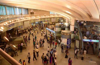 Power failure hits Delhi Metro's Yellow Line, passengers stranded at Rajeev Chowk