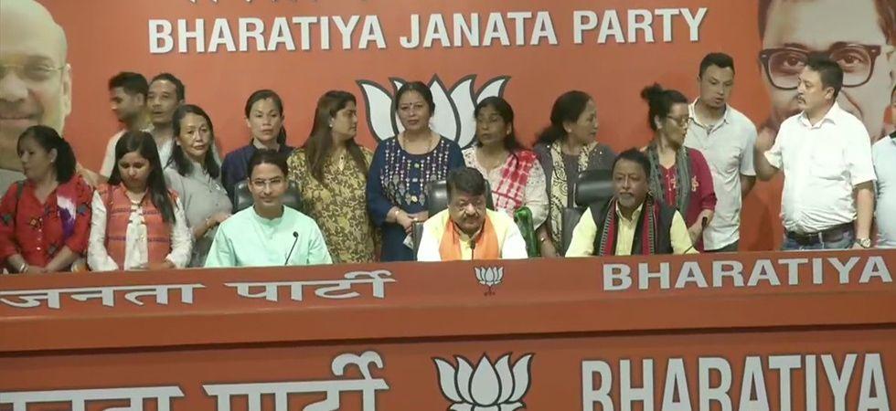 BJP general secretary Kailash Vijaywargiya claimed that Mamata Banerjee is frustrated after the BJP won 18 seats in West Bengal. (File Photo: ANI)